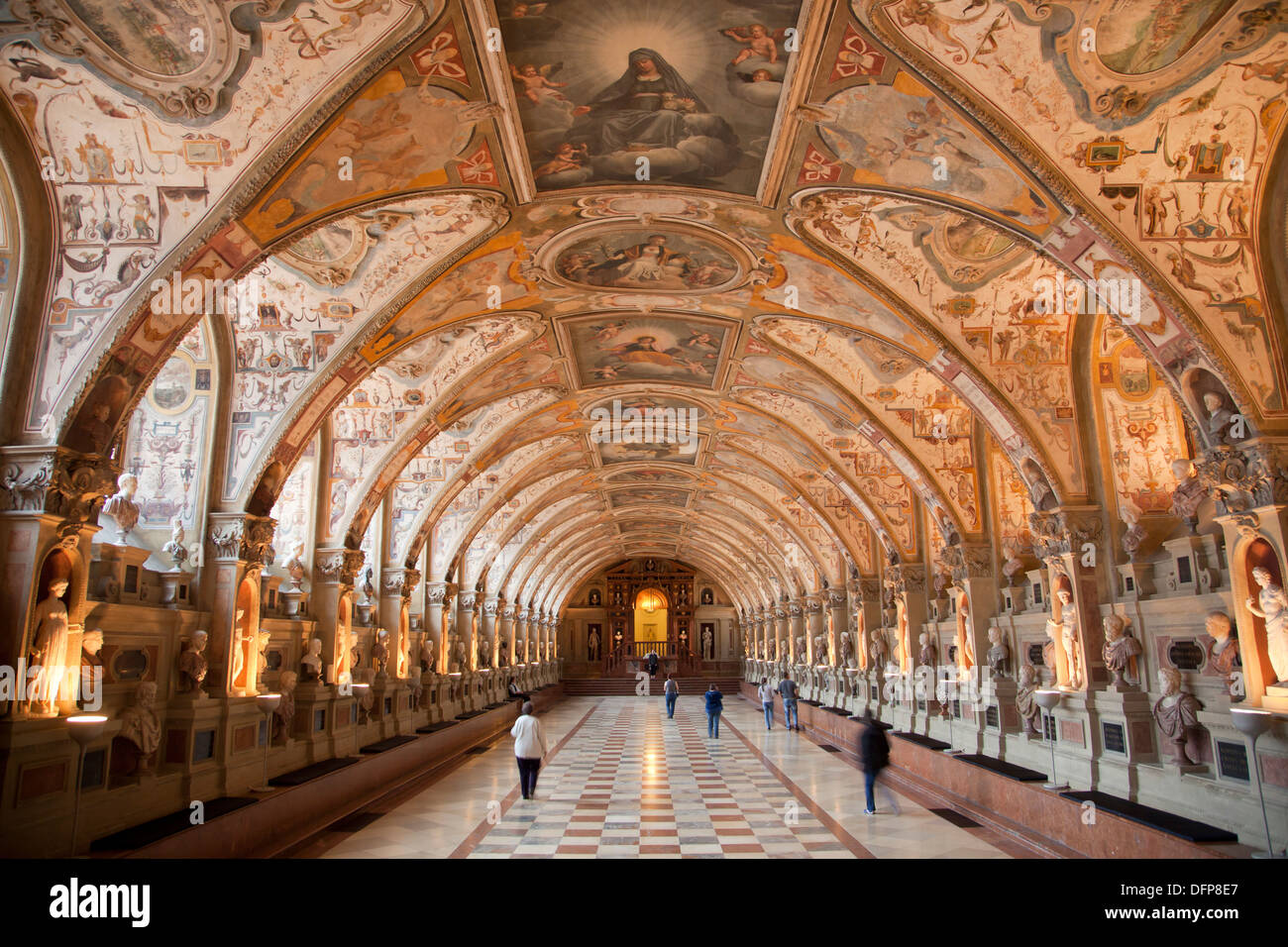 Innenarchitektur Renaissance the renaissance antiquarium of the city palace munich residenz in