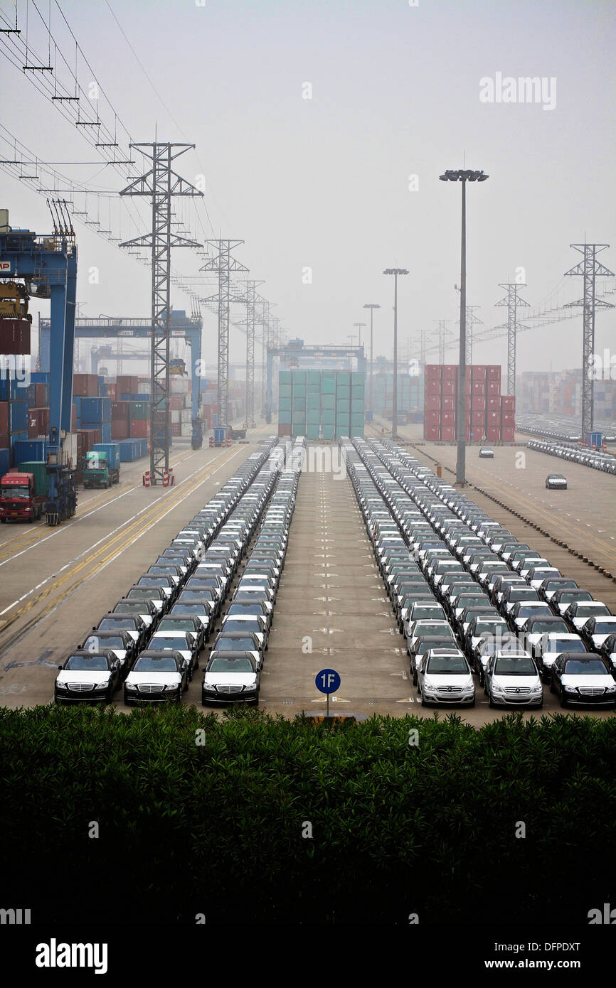 vessel madame butterlfy unloading cargo at the shanghai haitong inernational automotive terminal - Stock Image