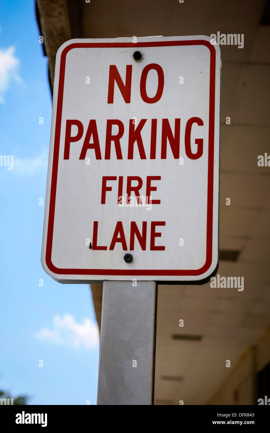 Overhead No Parking Fire Lane sign Stock Photo