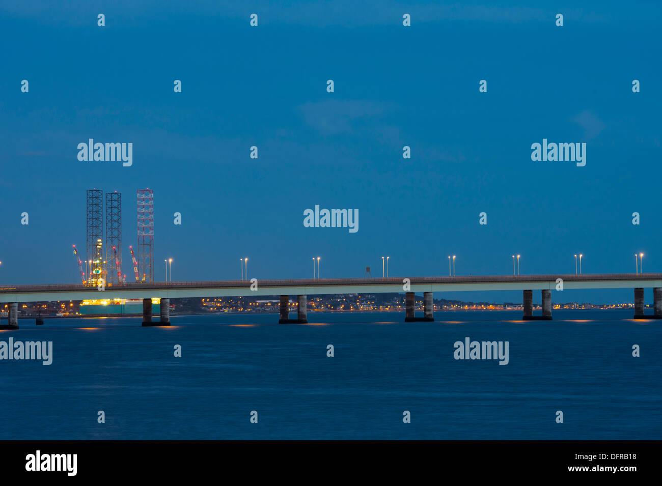Road bridge crossing the Firth of Tay, Scotland. - Stock Image