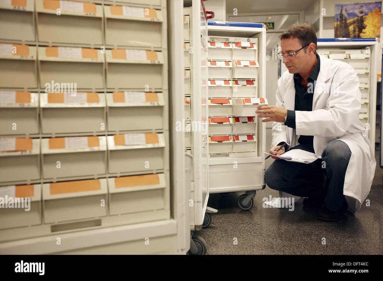 Pharmacy medication carts. Hospital Universitario de Gran Canaria Doctor Negrin, Las Palmas de Gran Canaria. Canary Islands, - Stock Image
