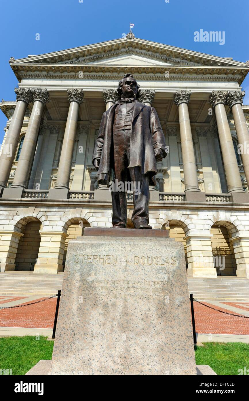 Stephen Douglas Statue in front of Illinois State Capitol Building Springfield Illinois - Stock Image