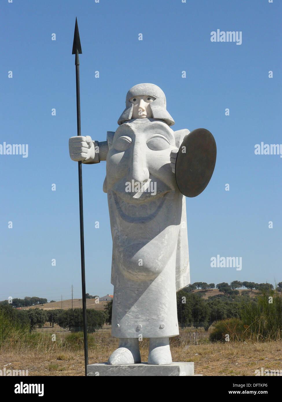 Évora Portugal  Escultura de guerrero lusitano junto a la ciudad de Évora  Lusitanian warrior sculpture near the city of Évora - Stock Image
