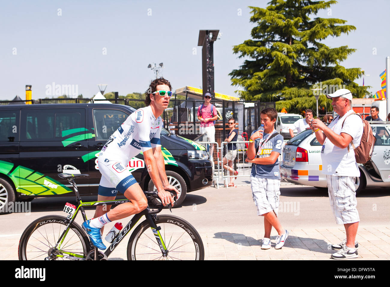 Roy Curvers of Team Argos-Shimano during the warm up of the 13th stage of the Tour de France, Tours. - Stock Image