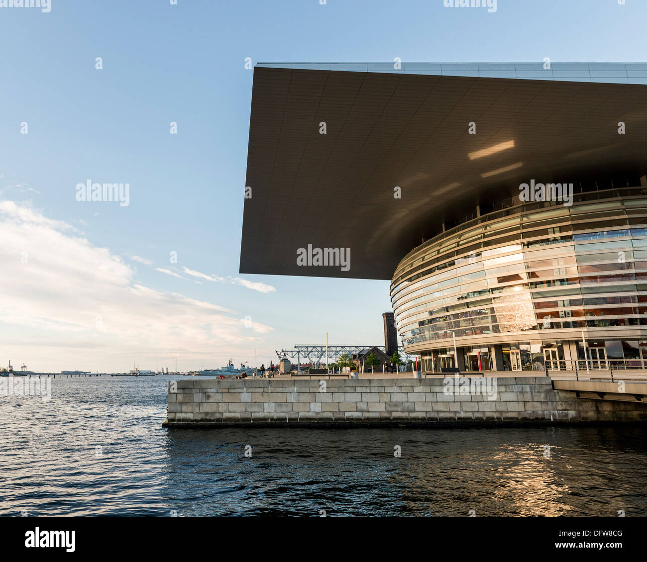 Copenhagen Opera House (Operaen), Copenhagen, Denmark. Architect: Henning Larsen, 2004. Front side view with water. Stock Photo