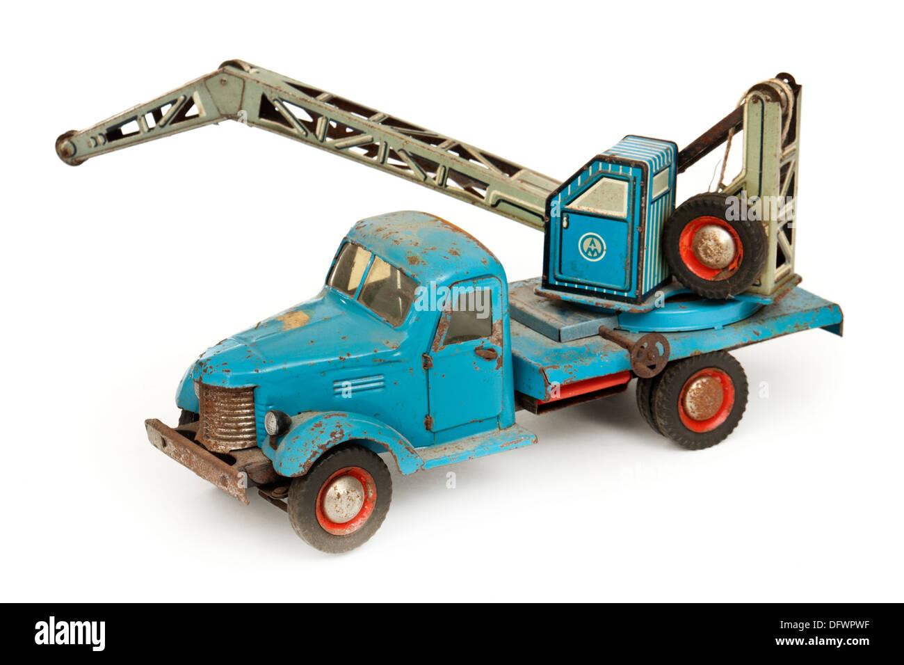 Vintage 1950's tinplate Russian ZIL toy breakdown truck / crane - Stock Image