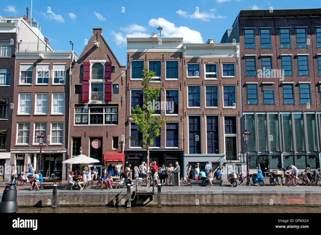 The Anne Frank House Prinsengracht  263-265 canal in Amsterdam the Netherlands (  museum dedicated to Jewish wartime diarist ) - Stock Image
