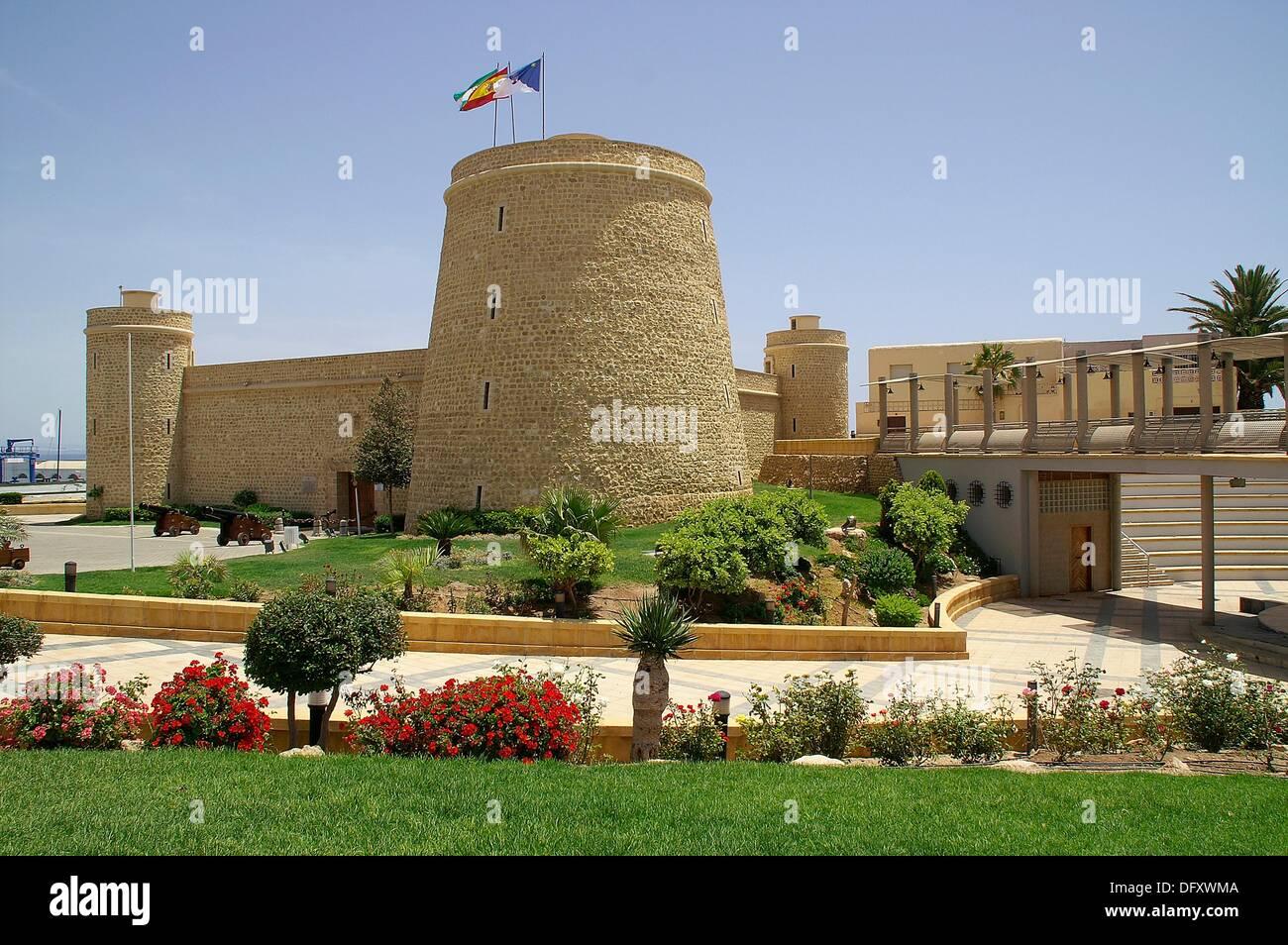 Roquetas Del Mar Almeria Espana Castillo De Santa Ana En El Pueblo