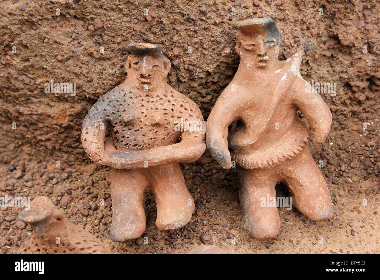 Traditional Pottery Figures Of The Lobi People Of Ghana and Burkina Faso - Stock Image