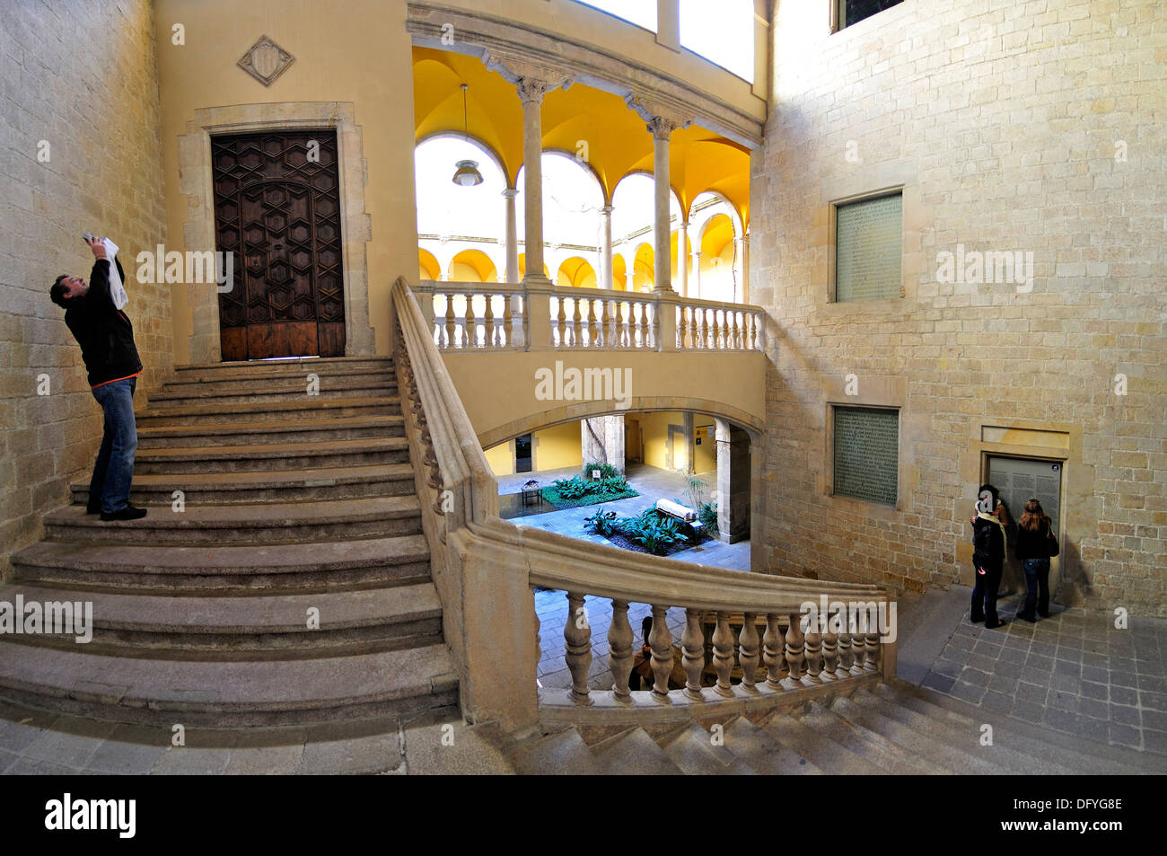 Barcelona, Spain. Palau del Lloctinent. (Antoni Carbonell - 1549-57) Staircase in Courtyard Stock Photo