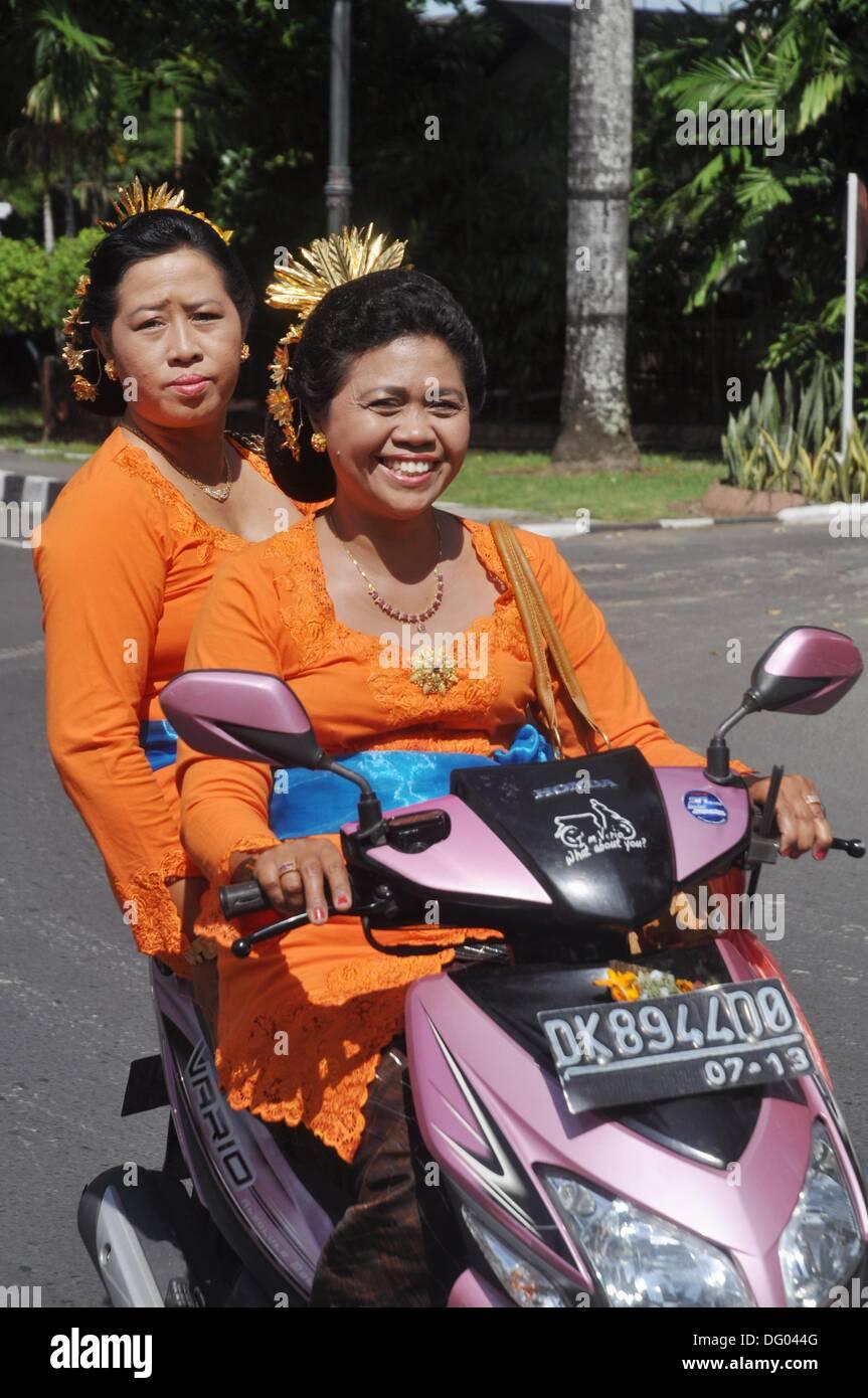 Denpasar Bali Indonesia Two Balinese Women In
