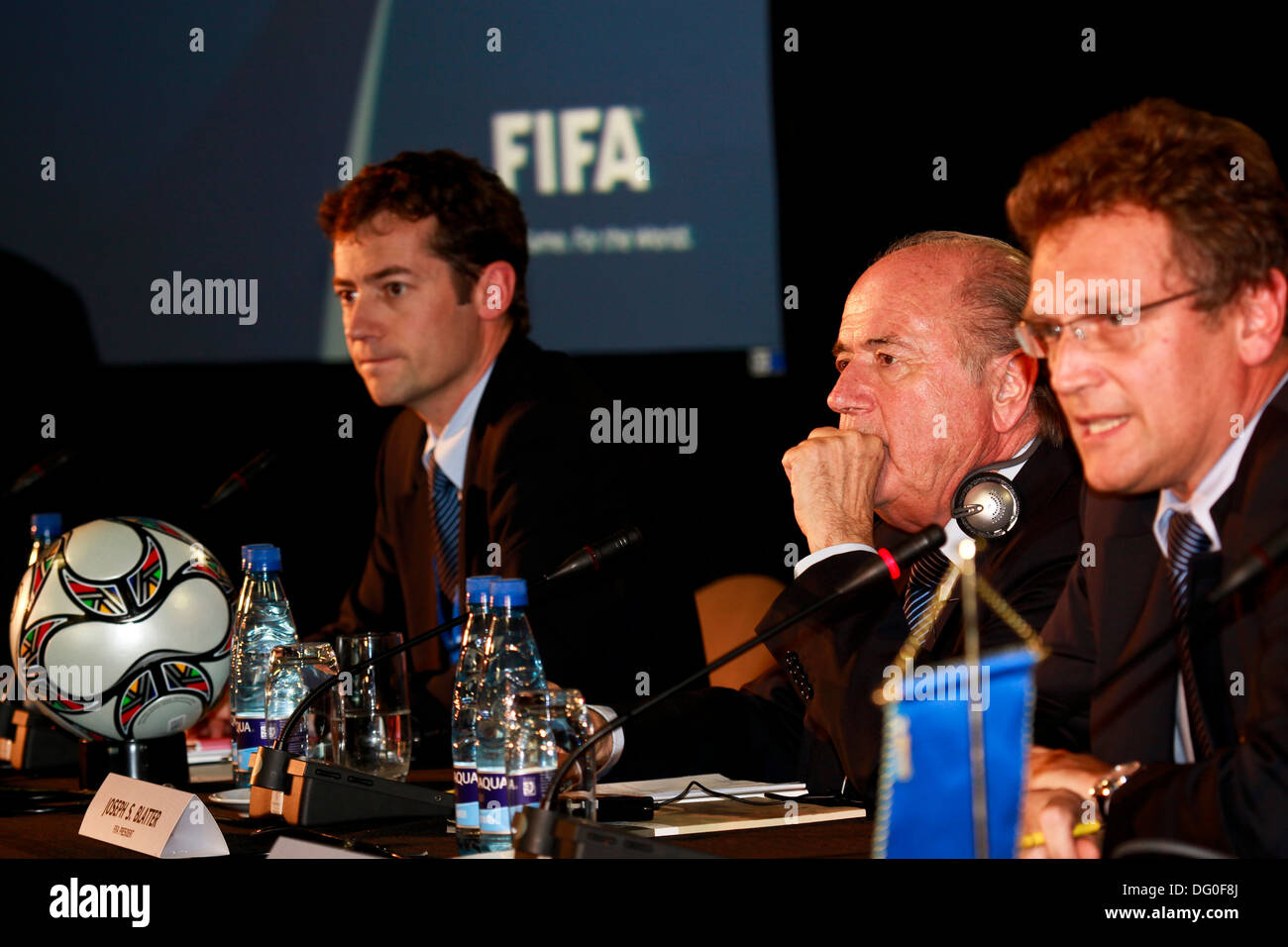 President of FIFA Sep Blatter (centre) during the media briefing on Robben Island at the FIFA Executive Meeting. - Stock Image
