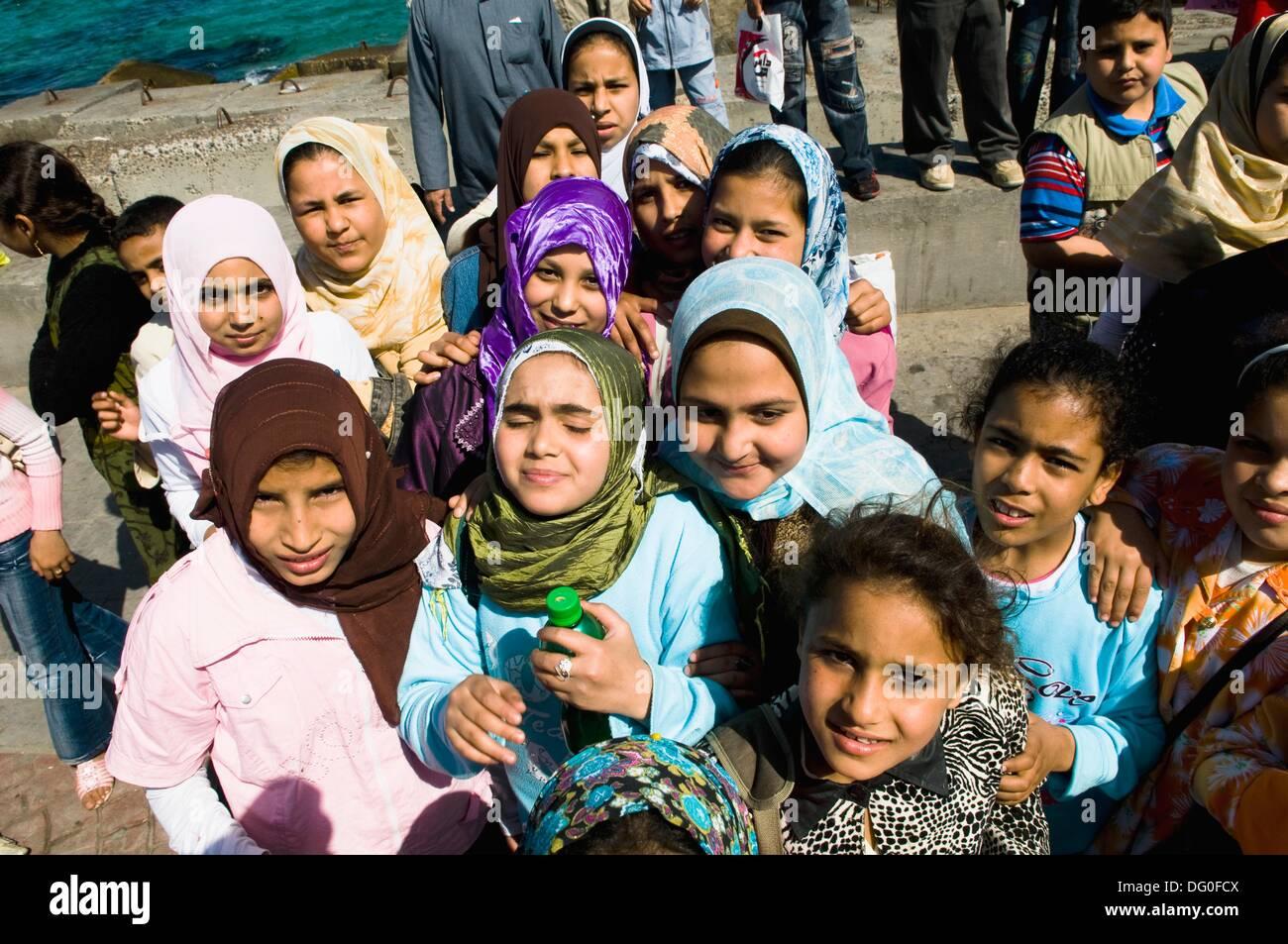 Egyptian school girls during a school trip to Alexandria, Egypt. - Stock Image