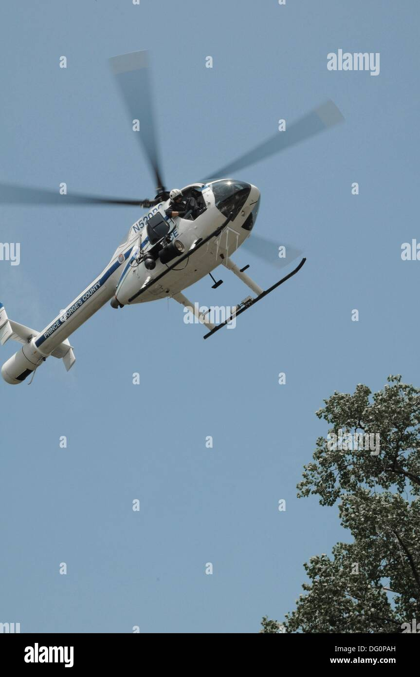 Police Helicopter Stock Photos & Police Helicopter Stock Images - Alamy