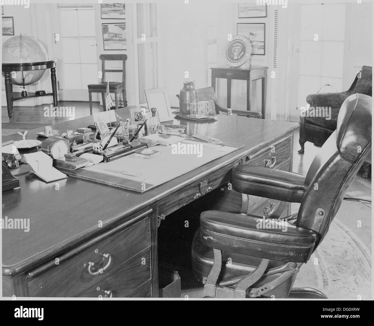 oval office chair jfk photograph of president trumans desk and chair in the oval office white house 199474