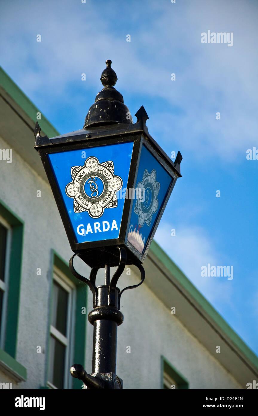 State police force of Ireland Irish Garda Síochána light outside station - Stock Image