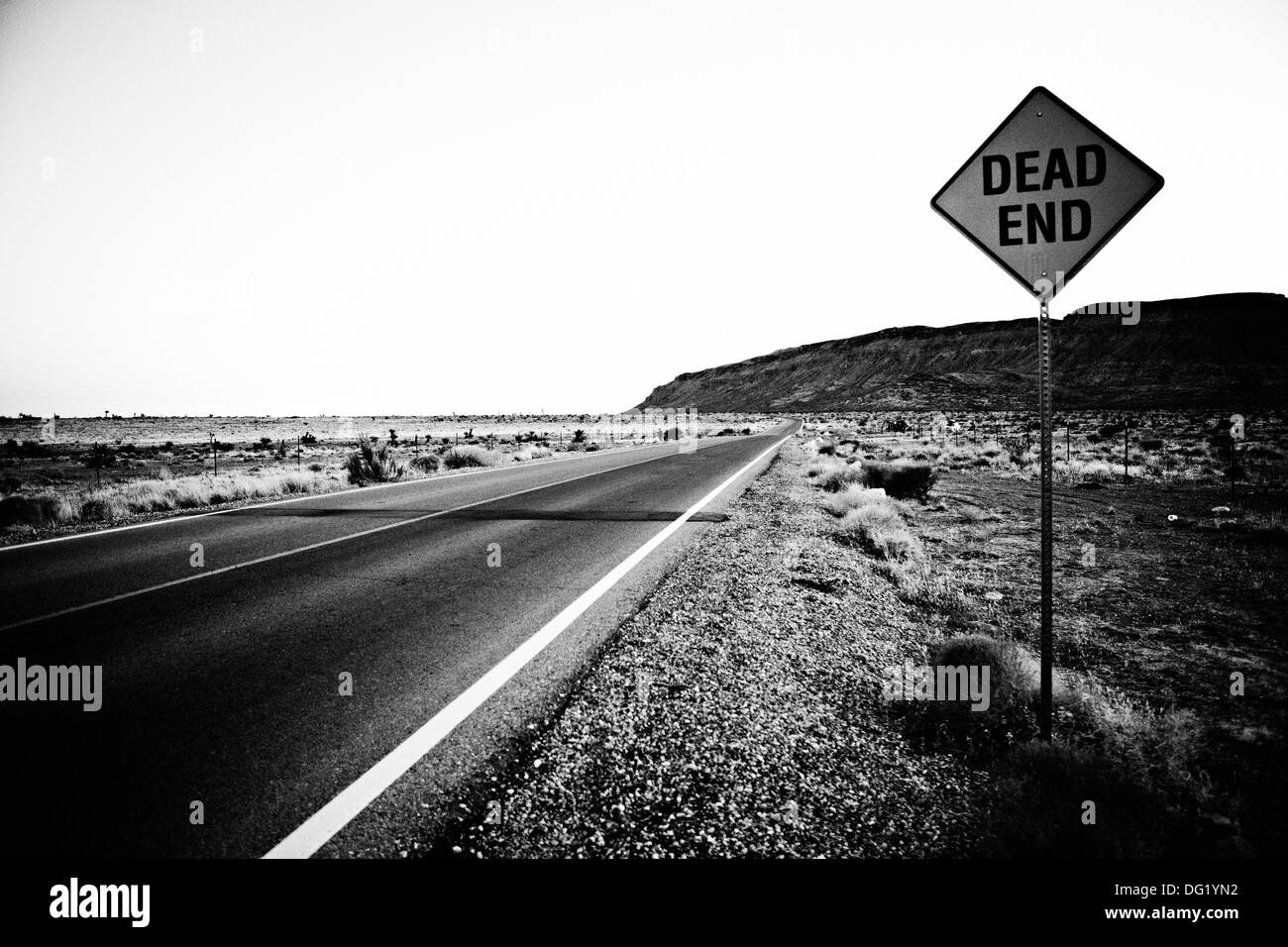 Dead End Sign Along Desert Highway, Nevada, USA - Stock Image
