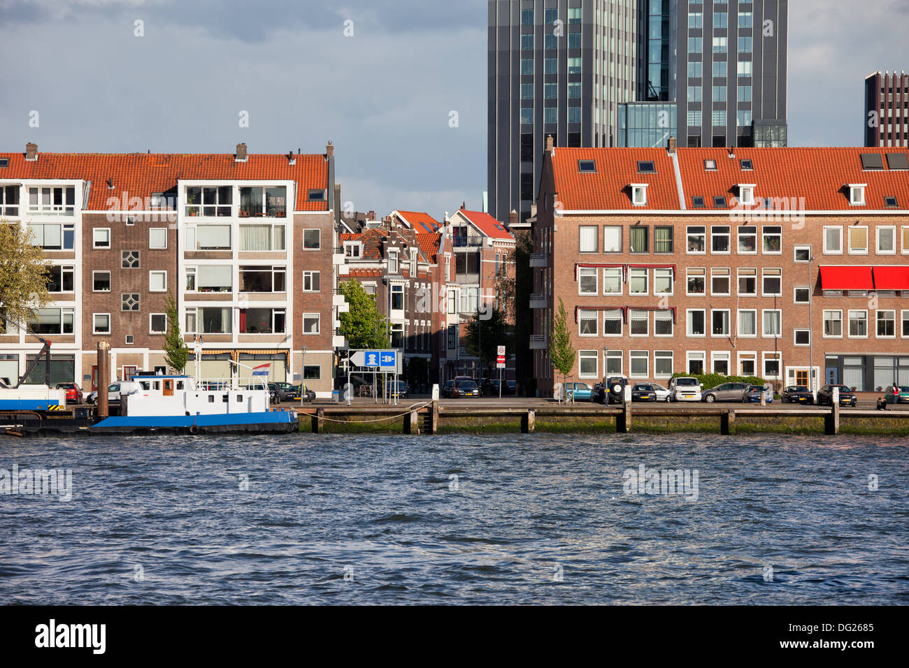 Terraced houses along the river in Rotterdam city centre, Netherlands. Stock Photo
