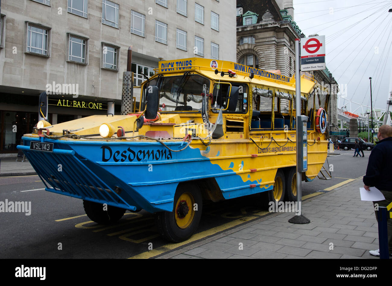 london duck tours amphibious vehicle desdemona parked up ready to take on tourists - Stock Image