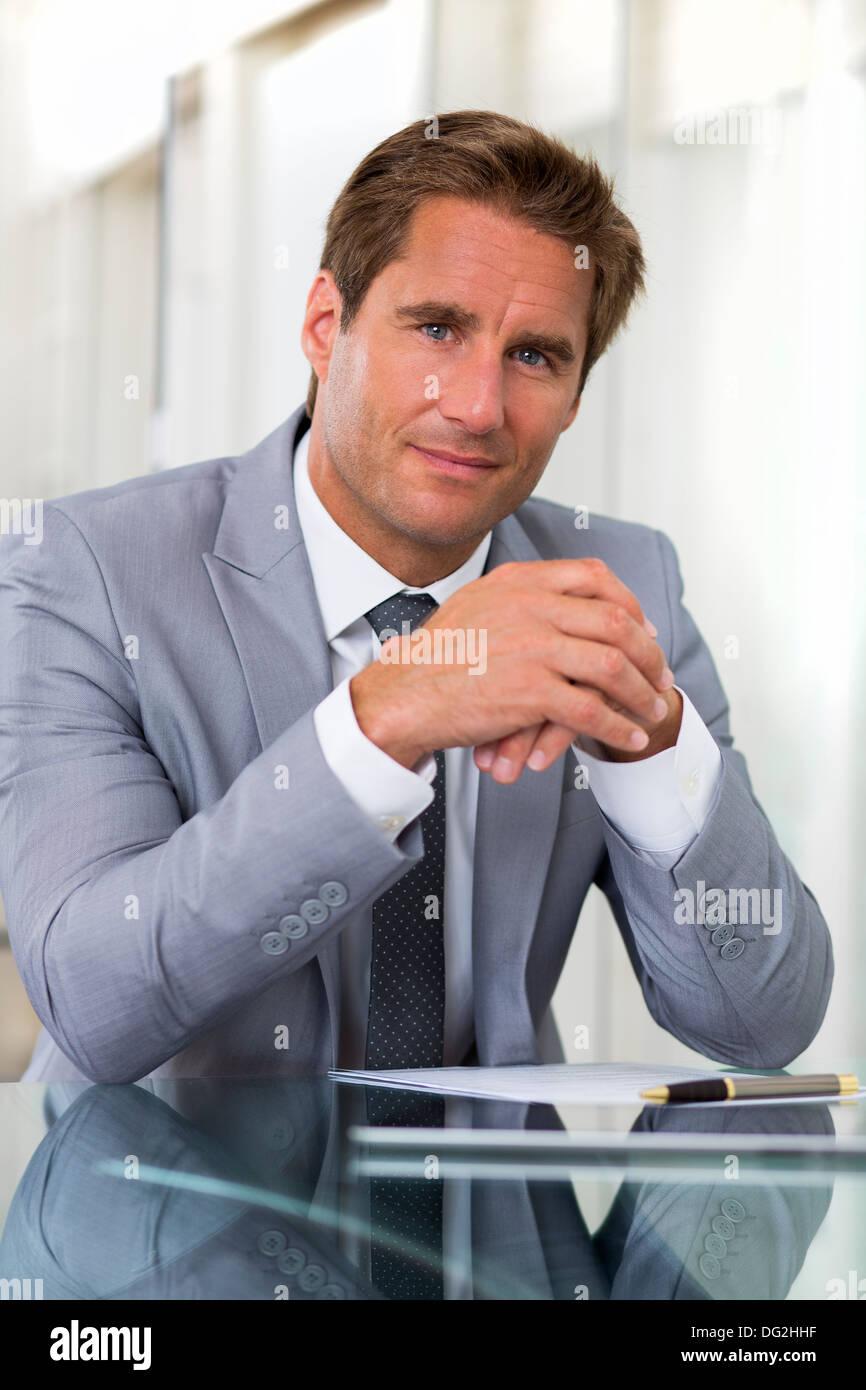 man indoor winner office contract - Stock Image