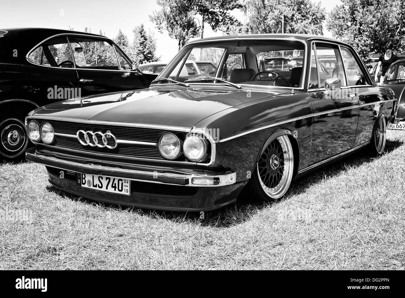 Kelebihan Audi B1 Perbandingan Harga