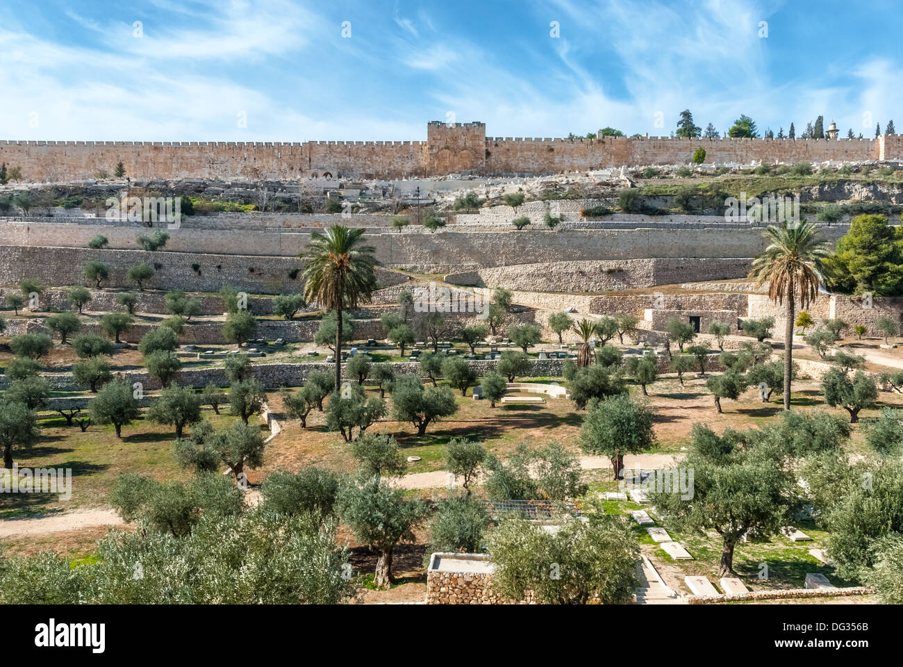 View of old city walls of Jerusalem from Mount olives, Israel - Stock Image