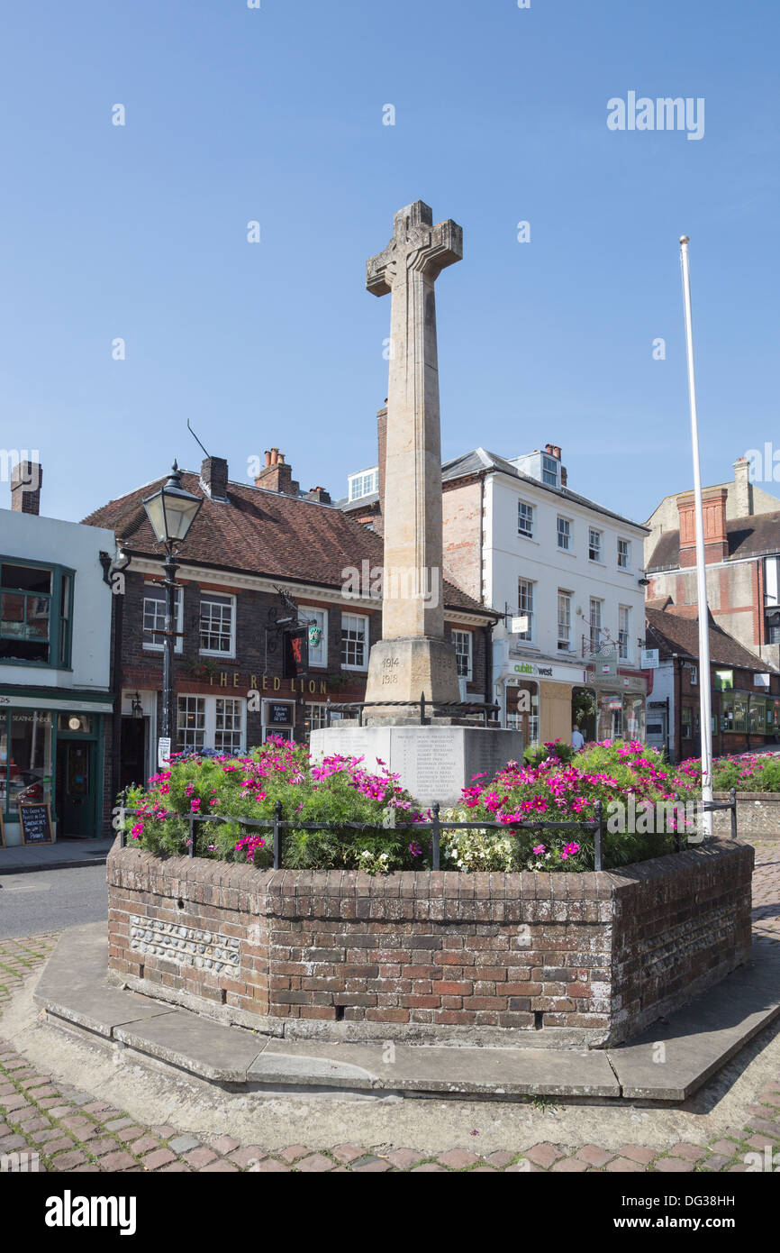 War memorial to the First World War (WWI 1914-1918) and Second World War (WWII 1939-1945), Arundel high street, West Sussex, UK - Stock Image