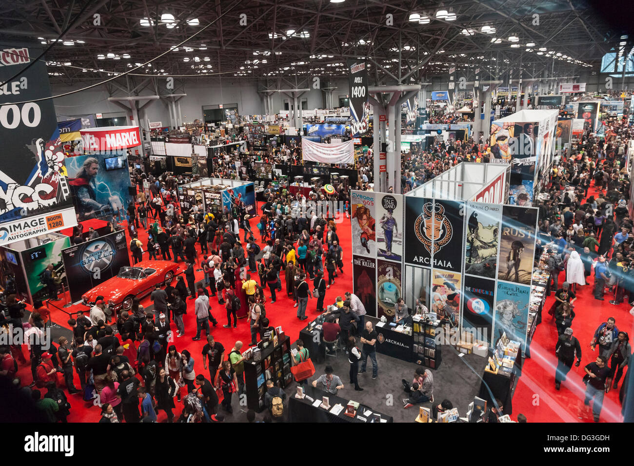 New York, USA. 13th Oct, 2013. General view of atmosphere during Comic Con 2013 at The Jacob K. Javits Convention Center on October 13, 2013 in New York City. Credit:  Sam Aronov/Alamy Live News - Stock Image