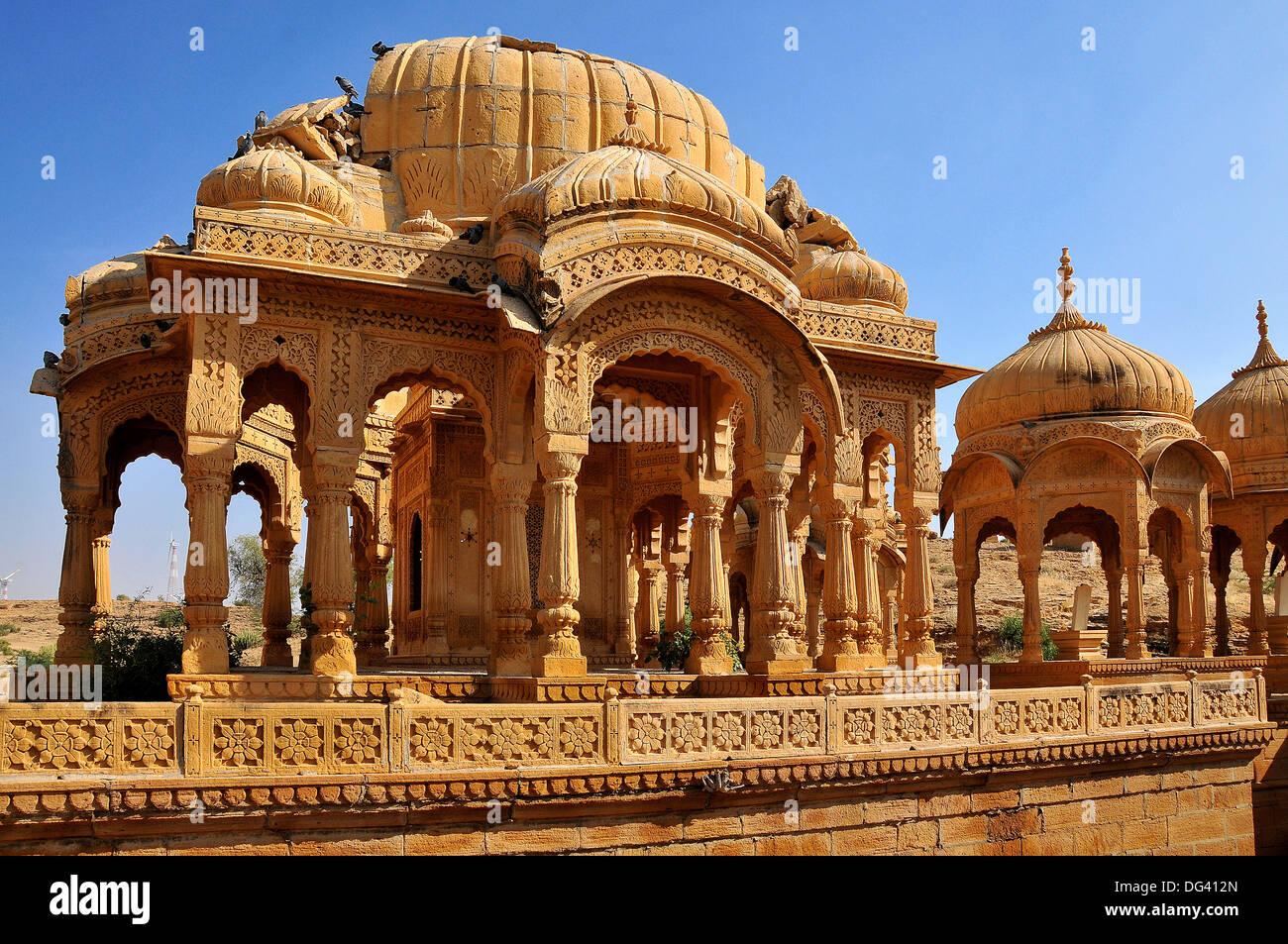 Bada Bagh (Barabagh), royal cenotaphs (chhatris) of Maharajas of Jaisalmer State, Jaisalmer, Rajasthan, India, Asia - Stock Image