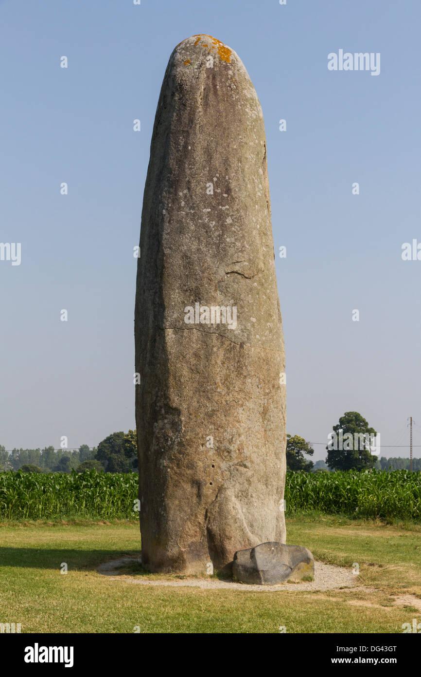 Menhir (ancient standing stone), Le Champ Dolent, Dol-de-Bretagne, Brittany, France, Europe - Stock Image
