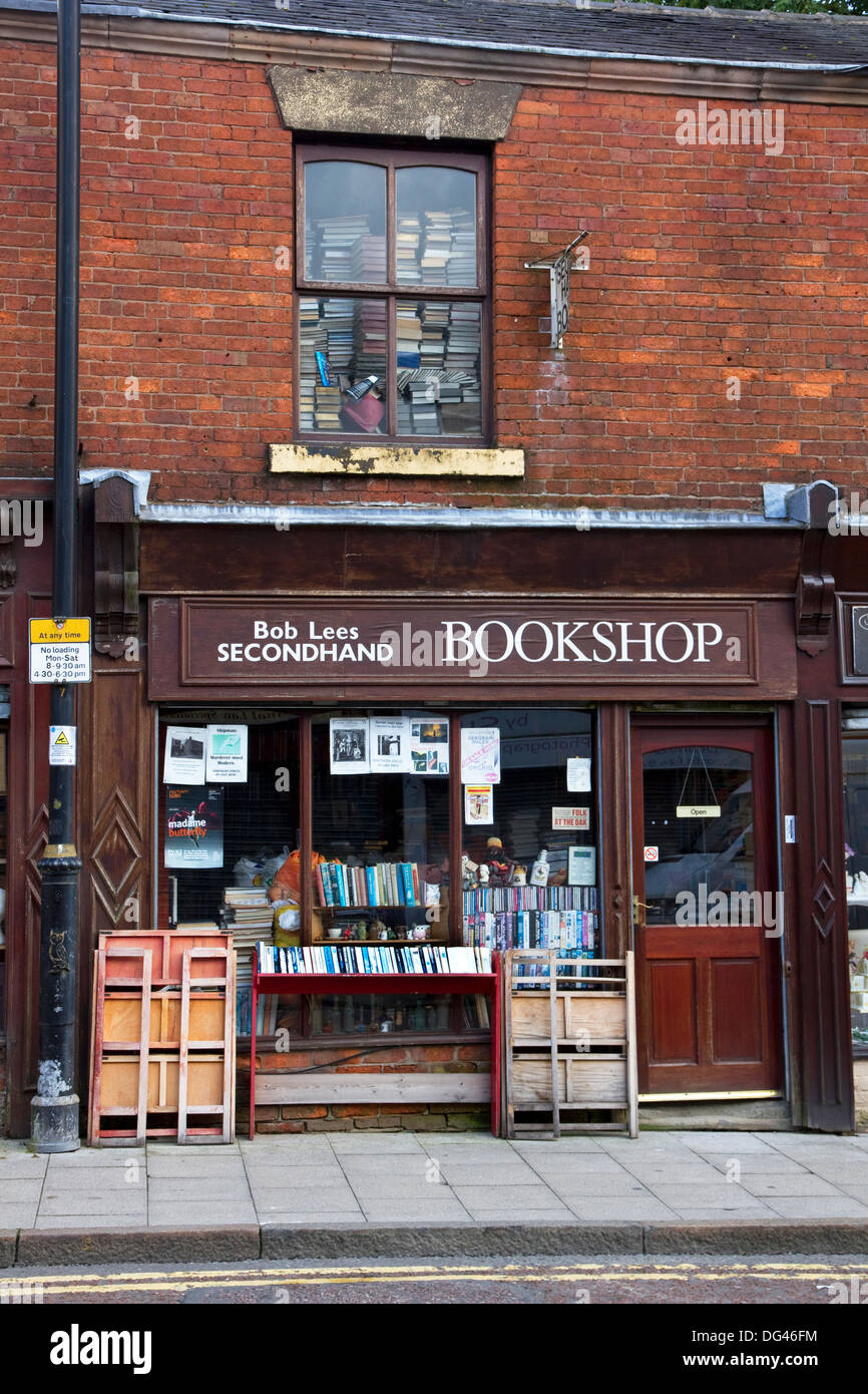 Secondhand Bookshop on George Street, town centre, Oldham, Greater Manchester, England, United Kingdom - Stock Image