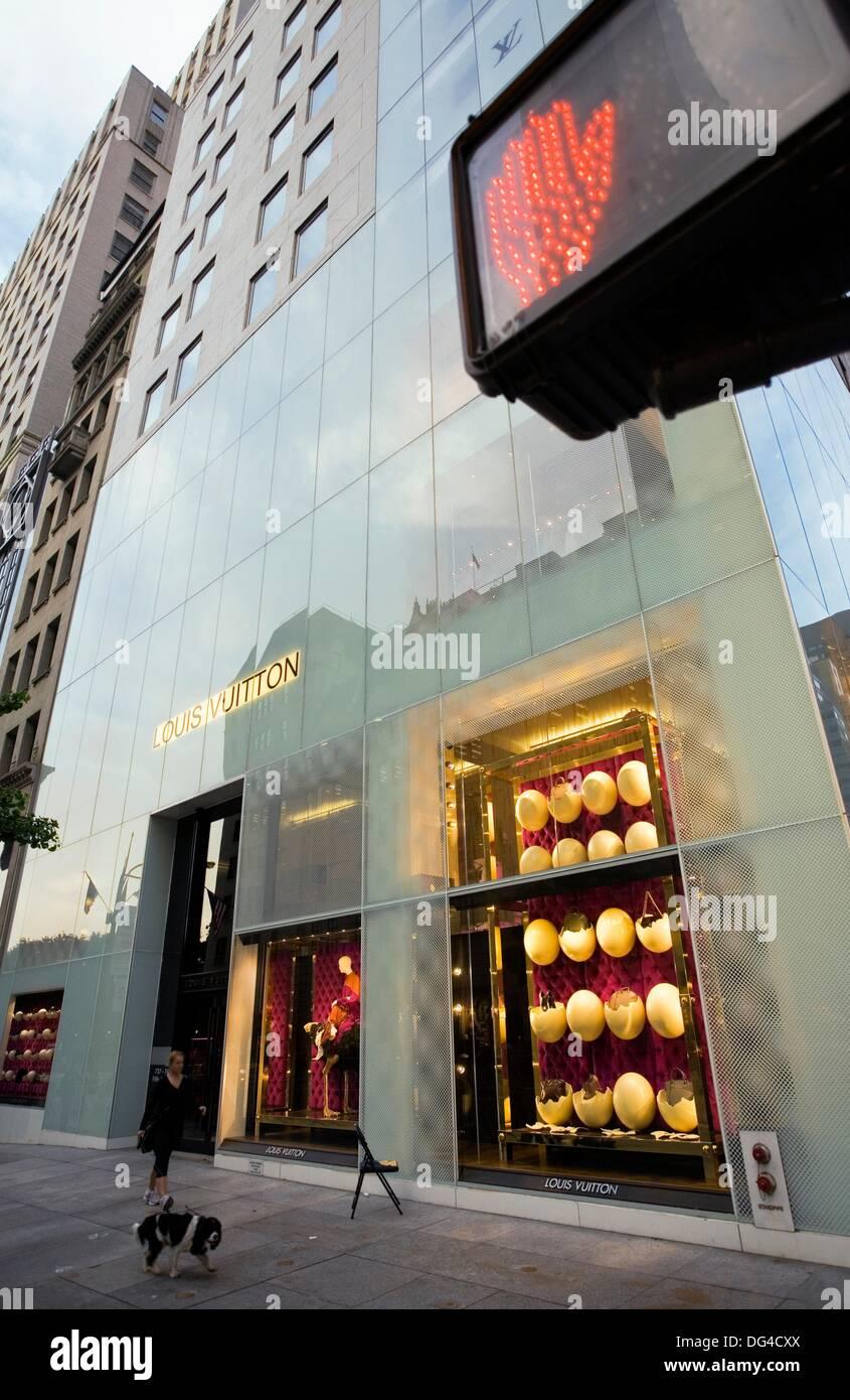 291e8ff815fb Louis Vuitton shop