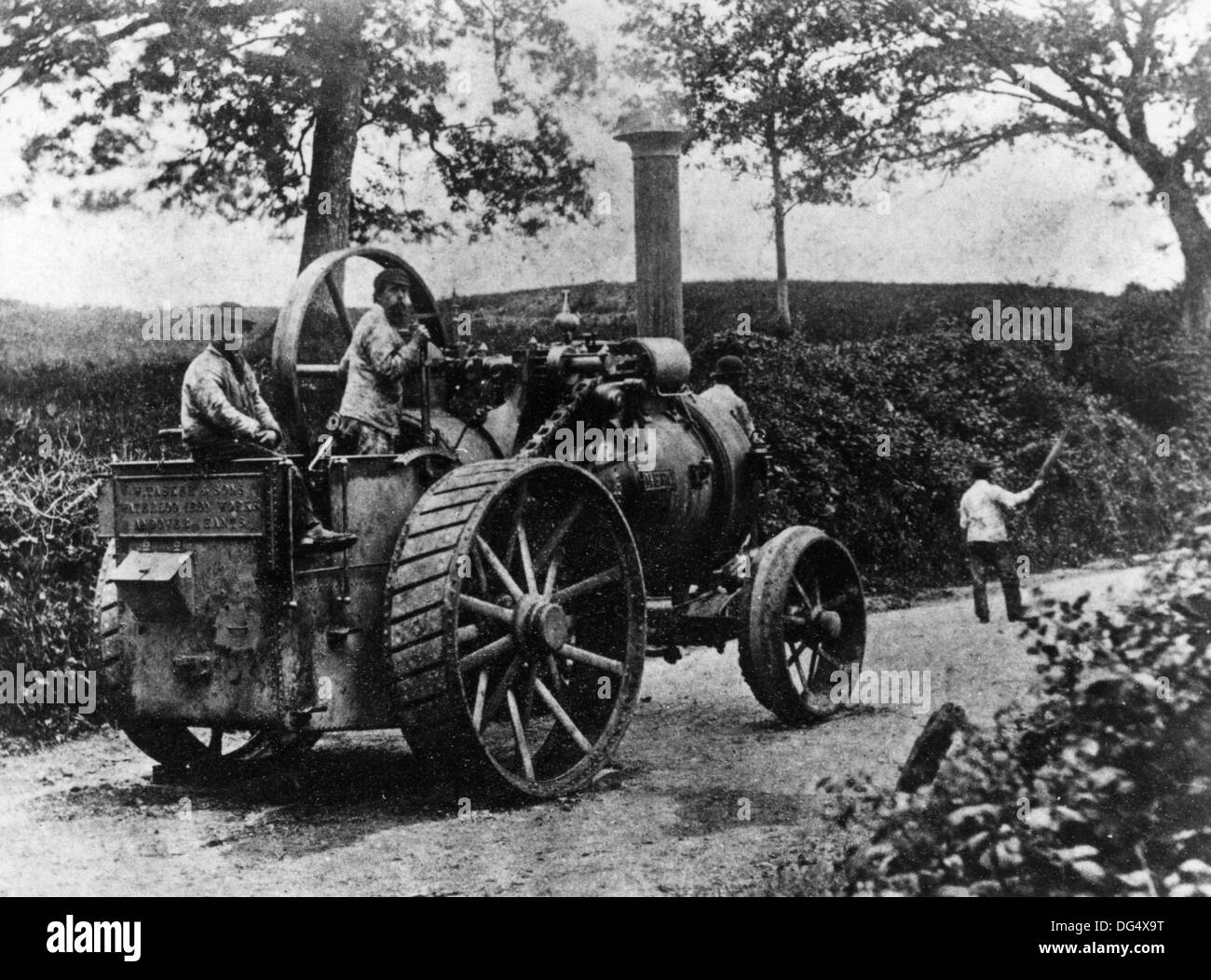 1869 Tasker traction engine en route from Andover to an agricultural show in Southampton. - Stock Image