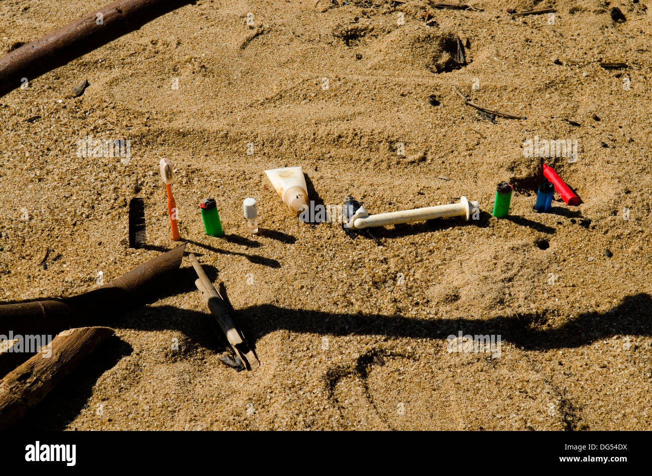 plastic debris at the beach.   Regencia, Espirito Santo state, Brazil - Stock Image