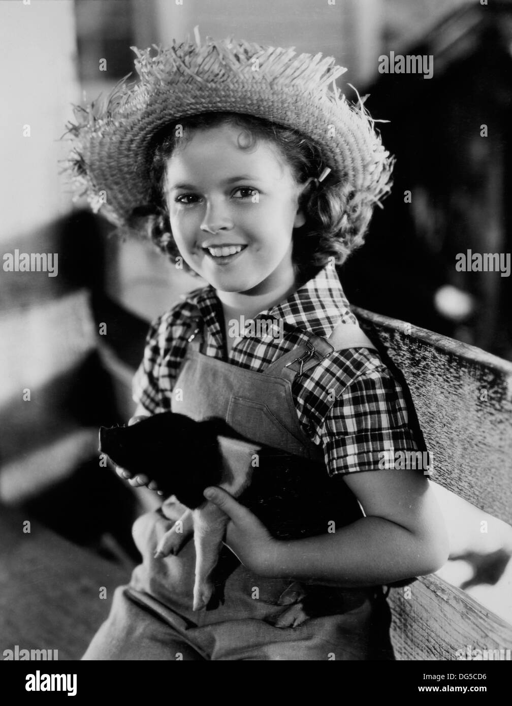 Shirley Temple, On-Set of the Film, Rebecca of Sunnybrook Farm, 1938 - Stock Image