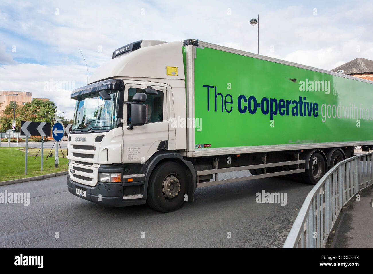 HGV delivery vehicle for Co-operative Food on the road, Maidenhead, Berkshire, England, GB, UK. - Stock Image