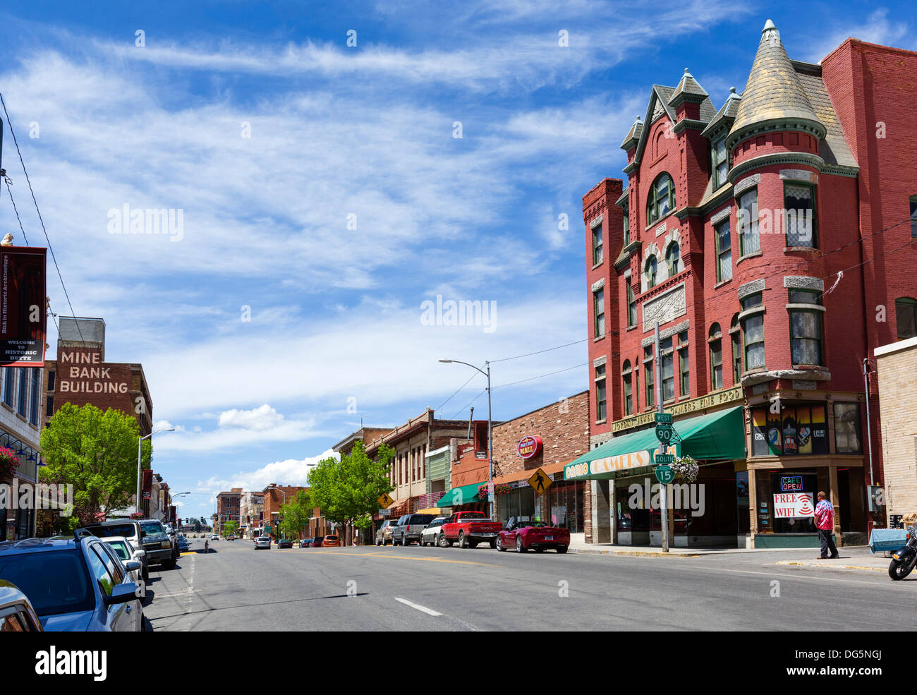 West Park Street with the historic old Curtis Music Hall building to the right, uptown Butte, Montana, USA - Stock Image