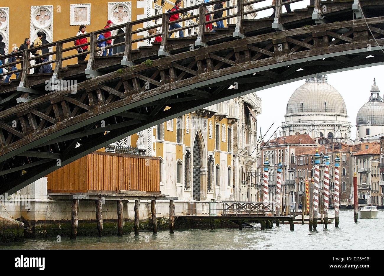 Ponte dell´Accademia and church of Santa Maria della Salute, Grand Canal. Venice. Veneto, Italy - Stock Image