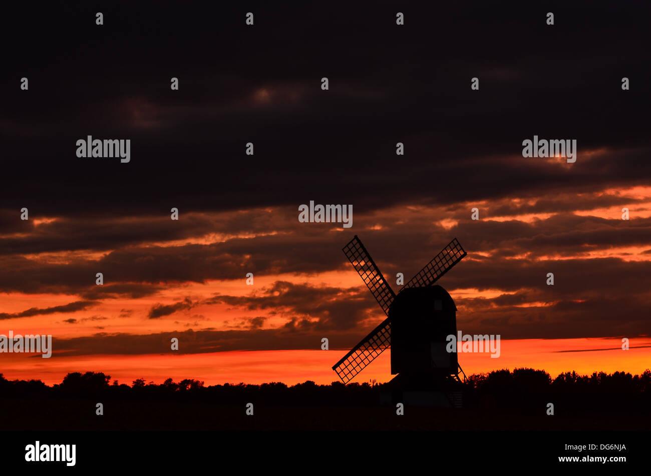 Pitstone windmill at sunset - Stock Image