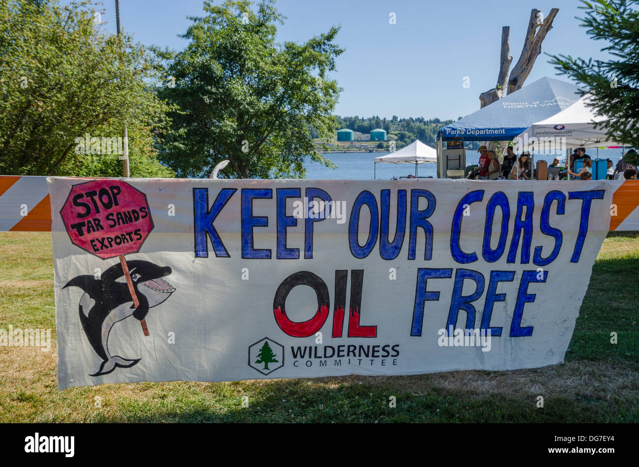 Anti Tar Sands oil banner, Salish Sea Summer Gathering 2013, Whey-Ah-Wichen (Cates Park) N. Vancouver, British Columbia, Canada - Stock Image