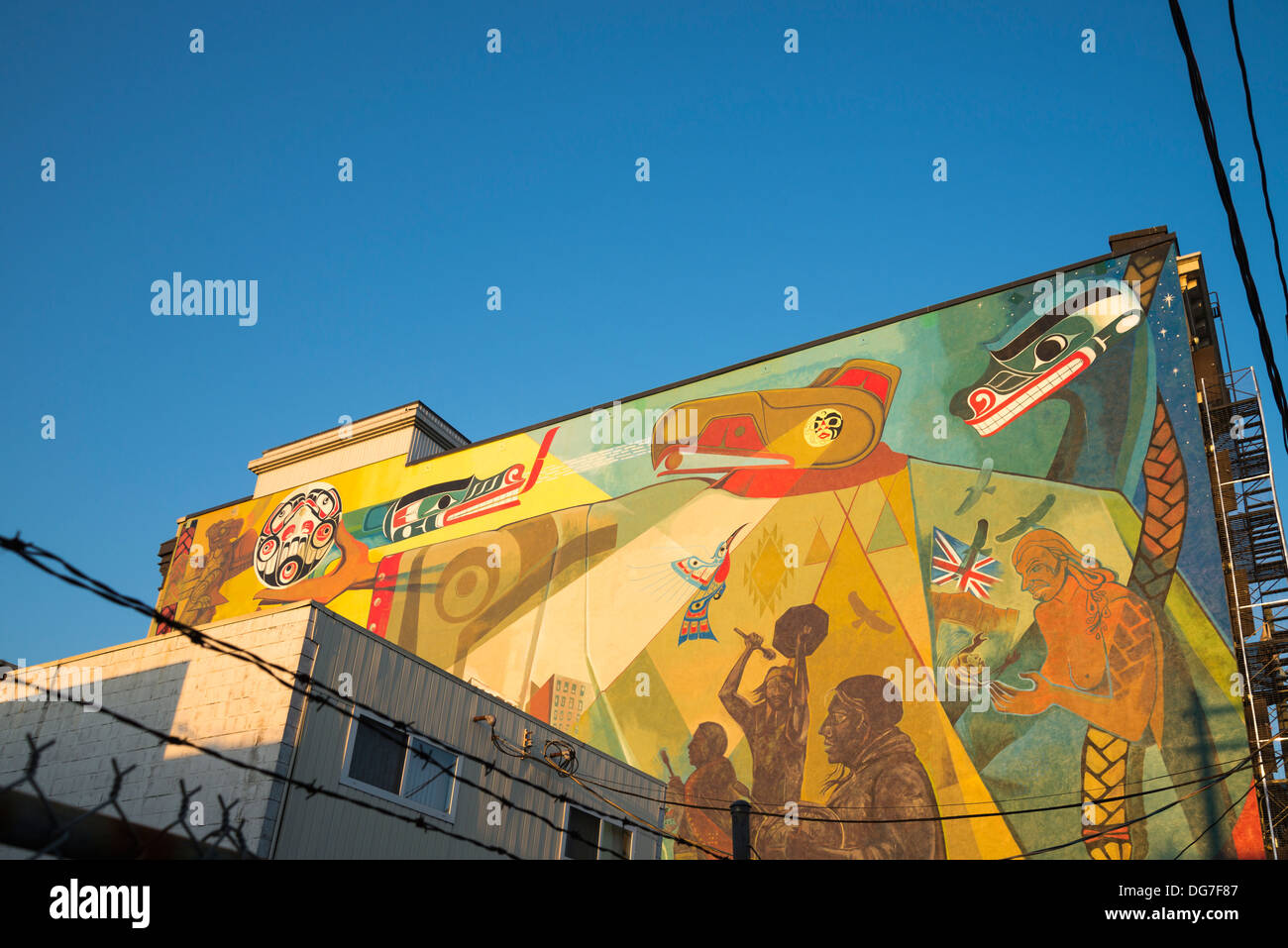 First Nations mural, Hastings Street, DTES, Vancouver, British Columbia, Canada - Stock Image