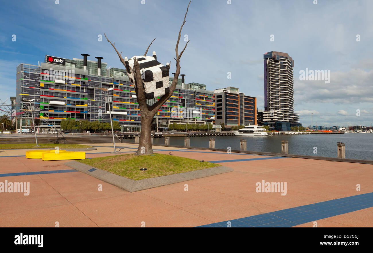 Cow Up a Tree, Docklands Melbourne - Stock Image