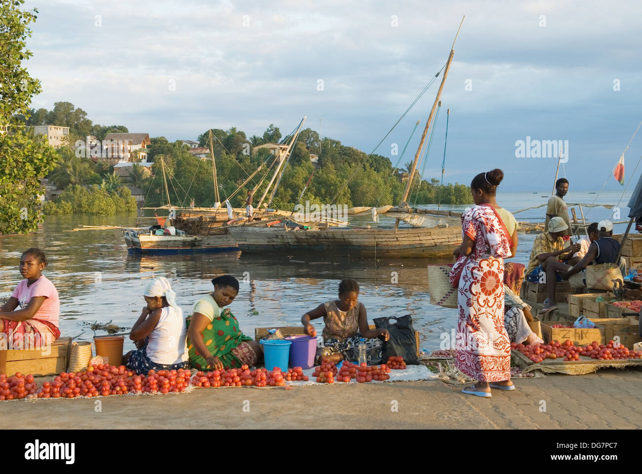big market on the harbour, Hell-Ville Andoany, Nosy Be island, Republic of Madagascar, Indian Ocean - Stock Image