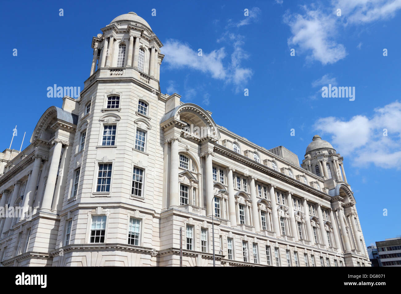 Liverpool - city in North West England (UK). Pier Head district, part of UNESCO World Heritage Site. Port of Liverpool building. - Stock Image