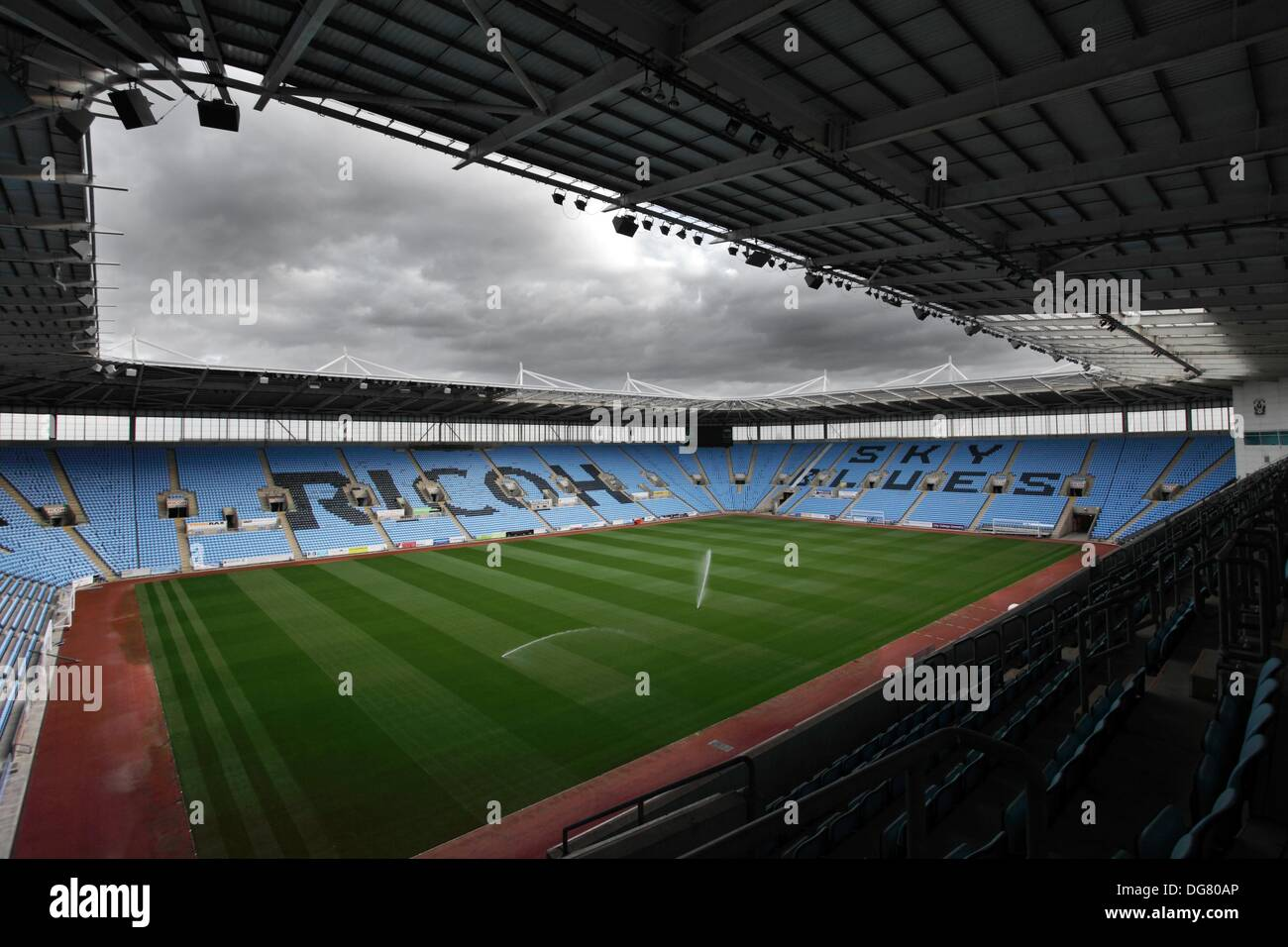 Coventry, UK. 15th October 2013. Untouched turf of the Ricoh Stadium. The only thing playing at the Ricoh Stadium in Coventry are the water sprinklers on the pitch, with Coventry City FC being forced to play in Northampton due to financial difficulties. © Tony Charnock/Alamy Live News - Stock Image