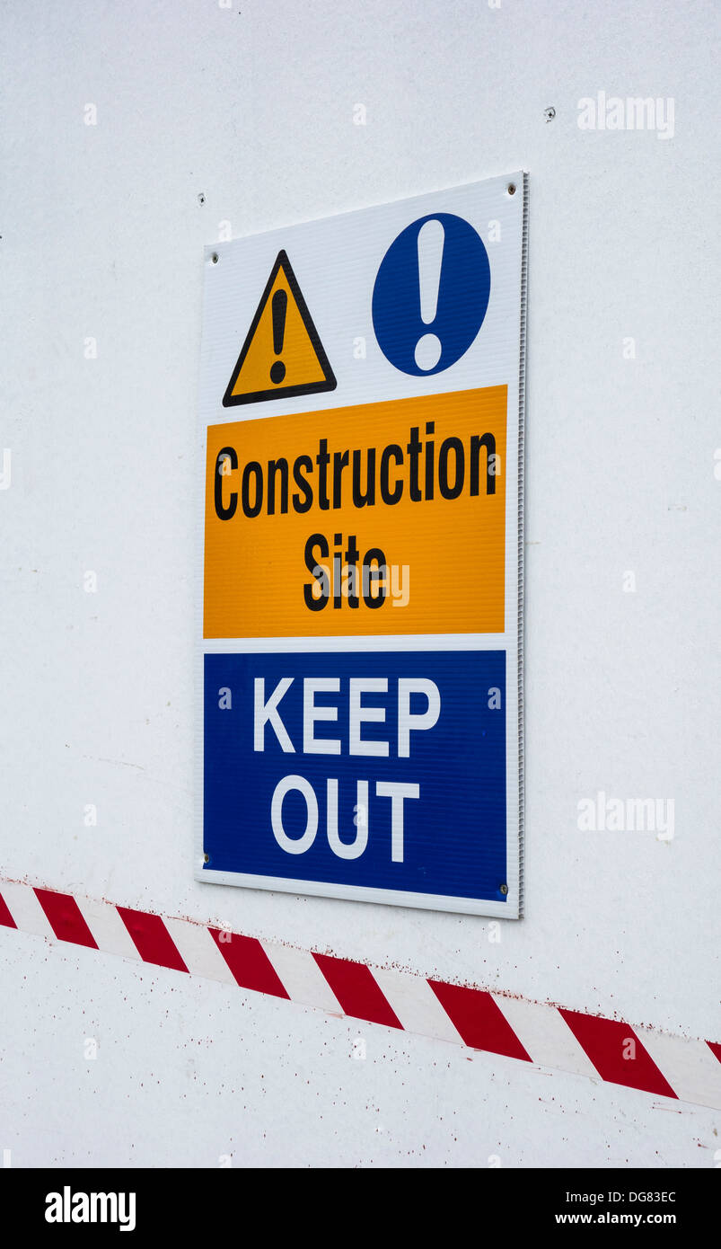 Sign on a building site hoarding - Construction site, Keep Out - Stock Image
