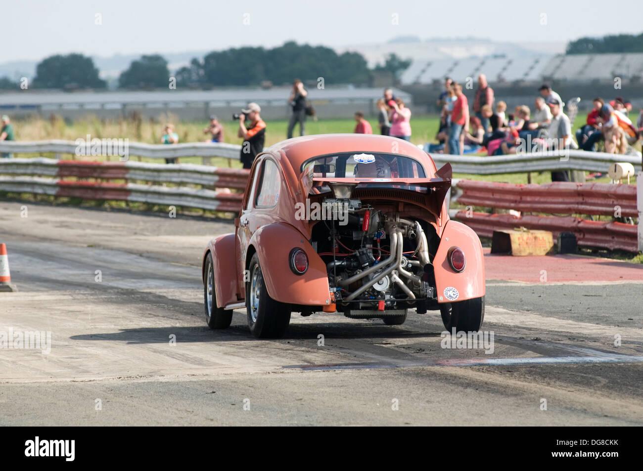 volkswagen beetle drag racing car Stock Photo: 61651175 - Alamy
