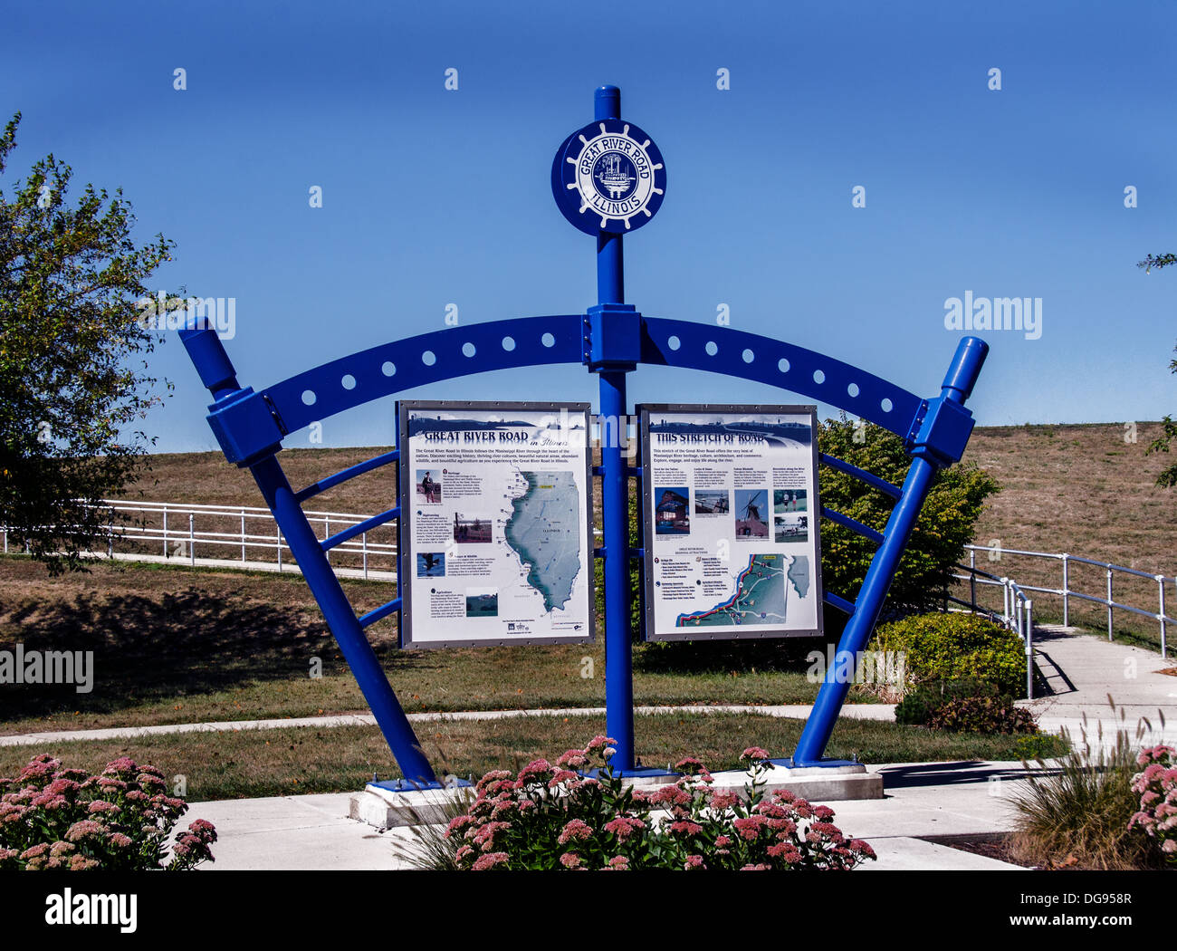 The Great River Road kiosk  in Fulton, Illinois, a town along the Lincoln Highway - Stock Image