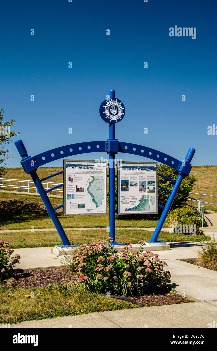 Great River Road kiosk in Fulton, Illinois, a town along the Lincoln Highway - Stock Image