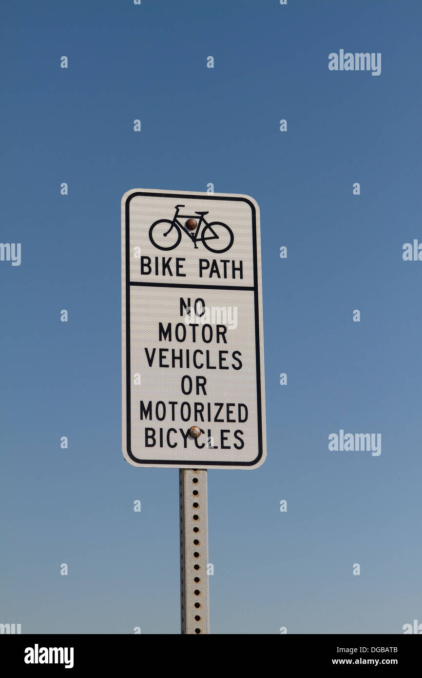 Bike Path sign , No motor vehicles or motorized bicycles - Stock Image